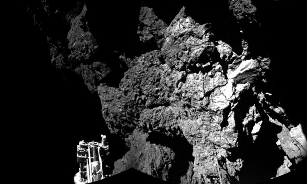Philae comet lander 'wakes up' from hibernation to resume Rosetta mission